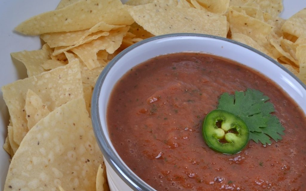 Michelle's famous salsa from carrotgal.com